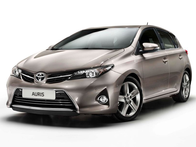 <strong>Toyota Auris</strong> <br>1.4 Petrol MT